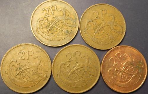 2 пенси Ірландія (порічниця з 1971р), 5шт, всі різні