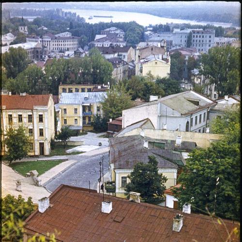 Фото 20Х30 см. 1982 год. Вид с замковой горы на Подол. Киев.