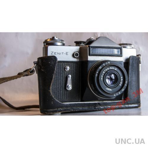 Фотоаппарат Зенит-Е Инустар 50/2+фотоэкспонометр