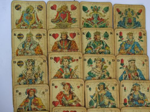 Карты старинные coeur 32 листа