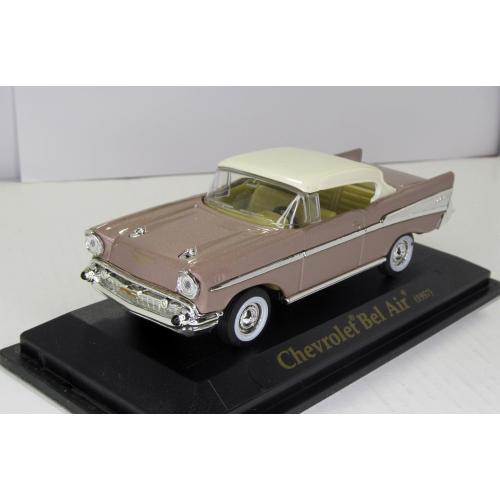Chevrolet Bel Air 1957 Road Signature Yat Ming 1:43 в коробке Шевроле