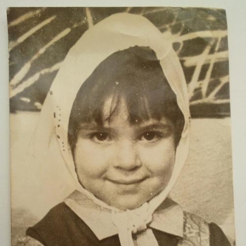 Фото. Дети.  Маленькая Матрешка. Косынка.