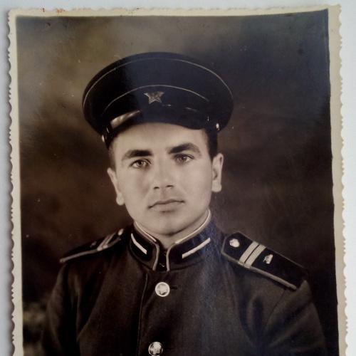 Фото  Военный Форма Младший сержант  Погоны Фуражка Петлицы
