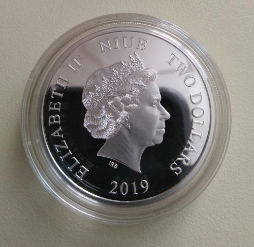 Заможна свинка Острів Hiye 2 долари 2019 Срібло  Свинья Серебро тираж 500 шт.