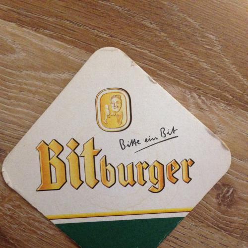 Бирдекель костер — Bitburger. - Германия.