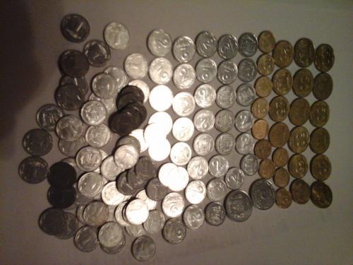 Лот монет 2009 года 1коп, 2 коп, 5 коп, 10 коп, 25 коп, 50 коп. Всего 124 монеты