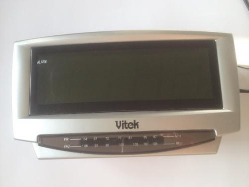Радиоприемник VITEK. VT 3511 SR  размер 21 х 8х 9 см