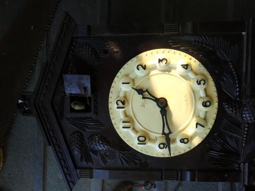 Продам старовинний годинник