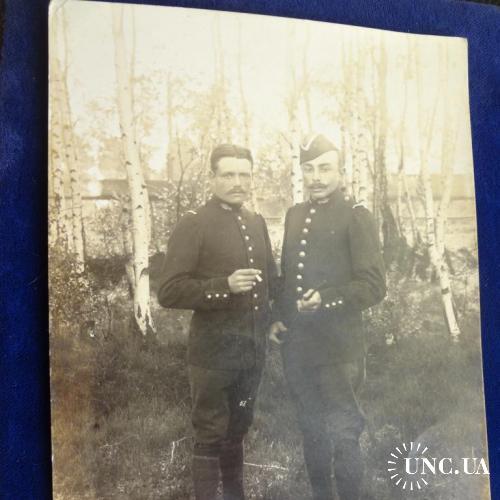Германия фото на открытке  Первая мировая война. Два ефрейтора с сигаретами. 1916 г.