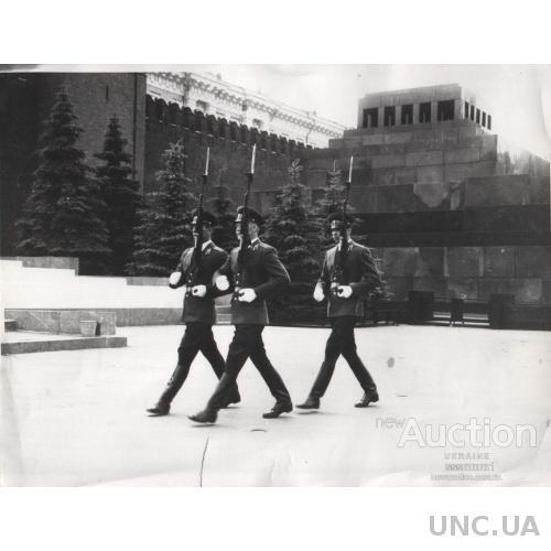 Фото. Караул у Мавзолея. 50-60 гг. 4 фото 1 лотом.