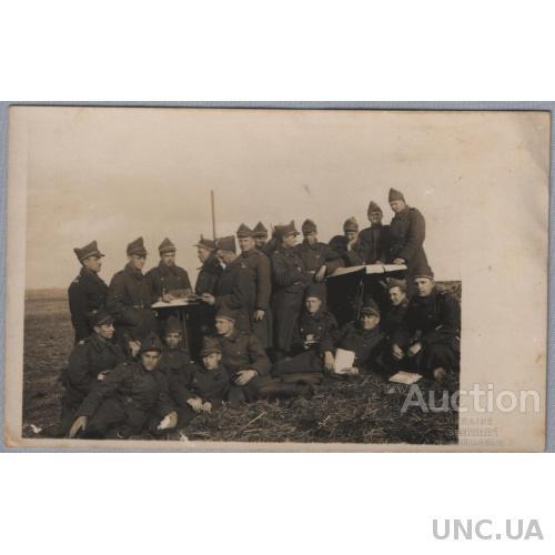 Фото. Украинцы в румынской армии. 1929 год.