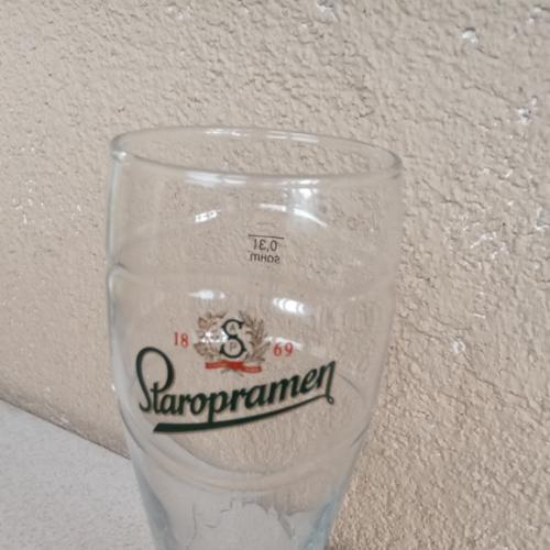 Staropramen , пивной бокал.