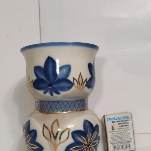 ваза фарфоровая