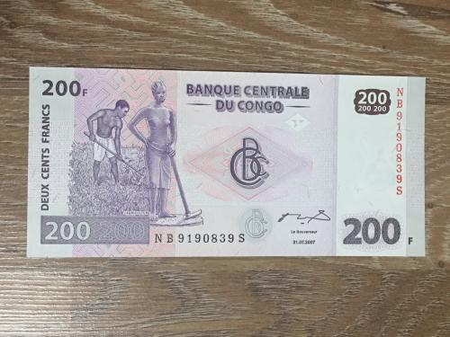 Купюра 200 франков Конго 2007 г