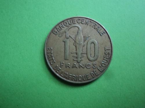 Африка. КФА. 10 франков 2009г.