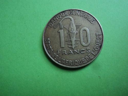 Африка. КФА. 10 франков 2013г.