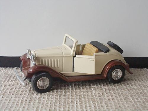 №373.3 Коллекционная модель старинного автомобиля авто Форд Ford № 8875 Китай