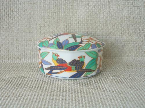 №492 Фарфоровая круглая шкатулка с птицами эмаль Германия
