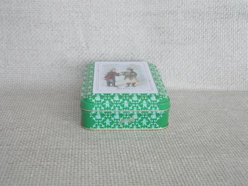 №499 Футляр - шкатулка Металл эмали На рисунке реклама шоколада Sppüngli Германия