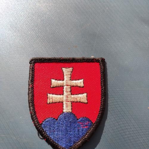 СЛОВАКИЯ - Шеврон - Б/У .