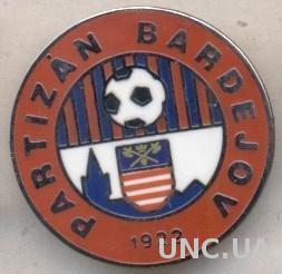 футбол.клуб Партизан (Словакия) ЭМАЛЬ /Partizan Bardejov,Slovakia football badge