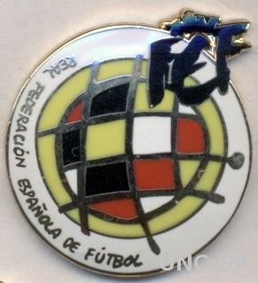 Испания, федерация футбола, ЭМАЛЬ выпуклый / Spain football federation pin badge