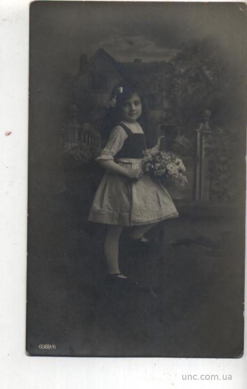 ФОТО.  КРАСИВАЯ ДЕВОЧКА. 1920