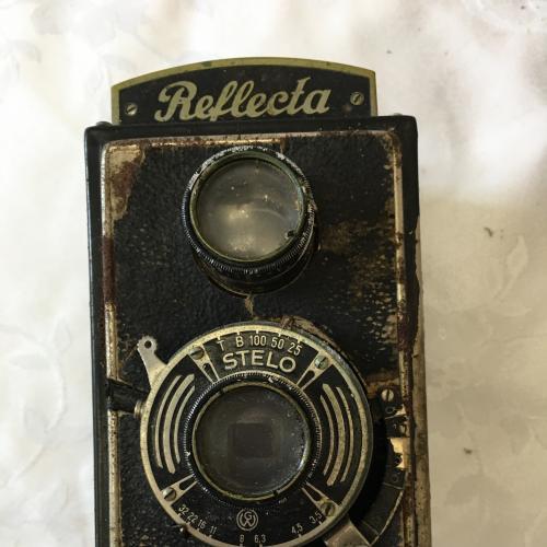 Фотоаппарат Stelo Reflecta.Две линзы