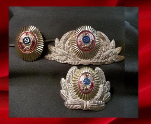 195 Кокарда милиция, МВД СССР. Подборка 3 штуки в легком металле