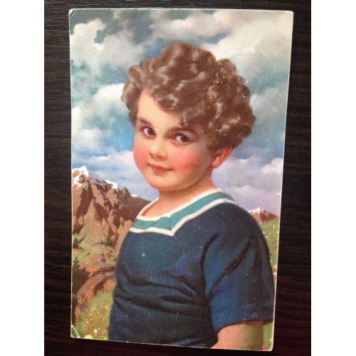 Фотооткрытка. Мальчик в горах.