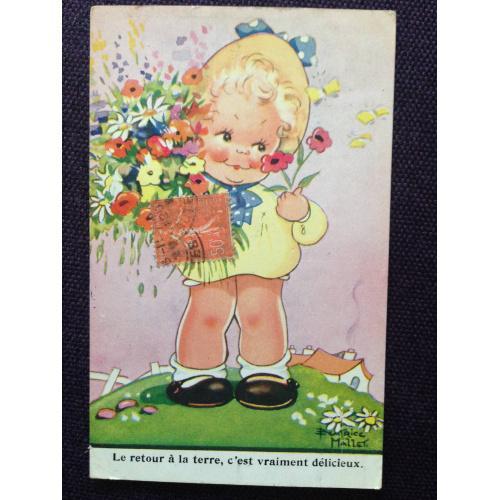 Французская фотооткрытка. Кукла на поляне с цветами.