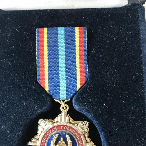 Медаль 20 лет Казахстанской полиции МВД РК дорожной полиции Казахстана + рідна коробка