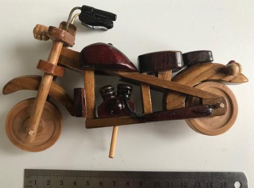Мотоцикл дерево сувенир