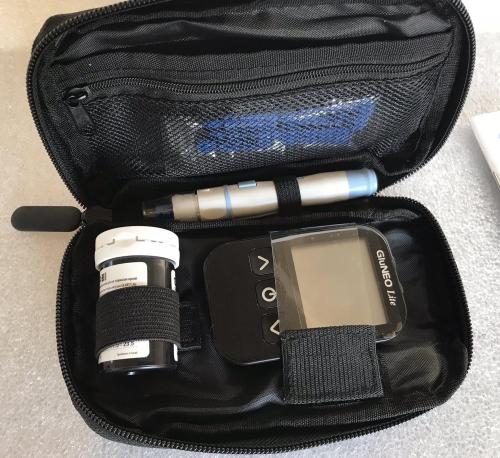 Прибор Глюкометр GluNEO lite для определения сахара в крови в коробке + инструкция