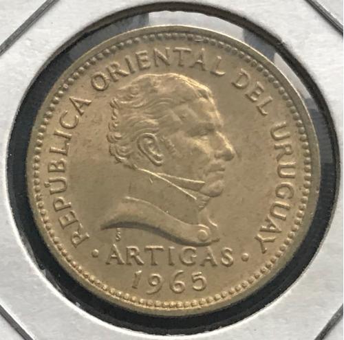Уругвай 1 песо 1965 Хосе Артигас национальный герой и основатель государства UNC