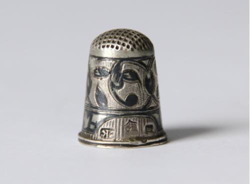 Наперсток, серебро 84  2х1 см