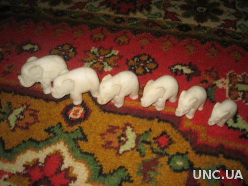 Шесть слоников