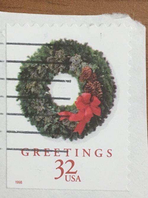 Марки США из одной серии. Рождественский венок. 32 цента. 1998 год. На бумаге.