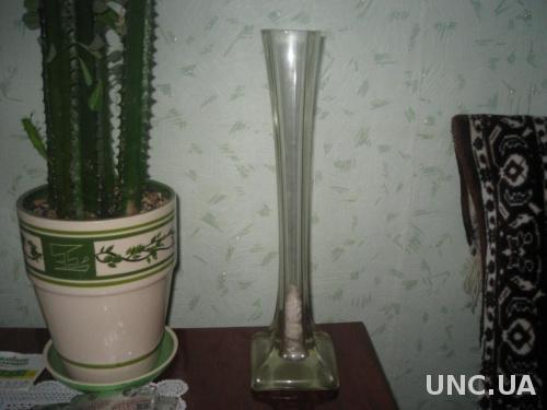 старенькая ваза