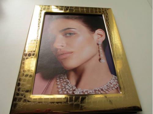Рамка  для фото PATENT ITALY. 24 карат золото. 22 см.х17 см. клеймо..