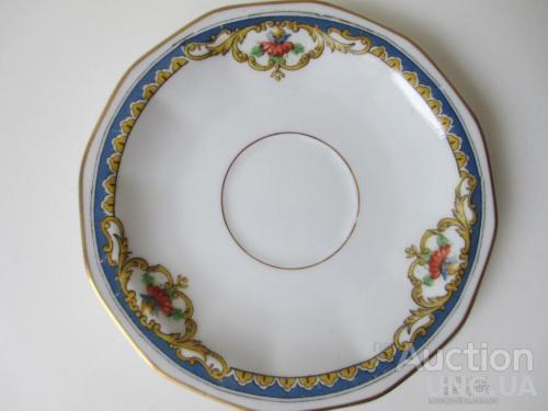 Тарелка LIMOGES Франция. d- 13 см. Цветы. сус. Золото. Клеймо 1945-1975 г. France.