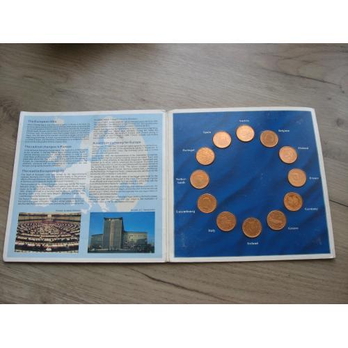 Набор монет евро центов 1 выпуск в сувенирной упаковке