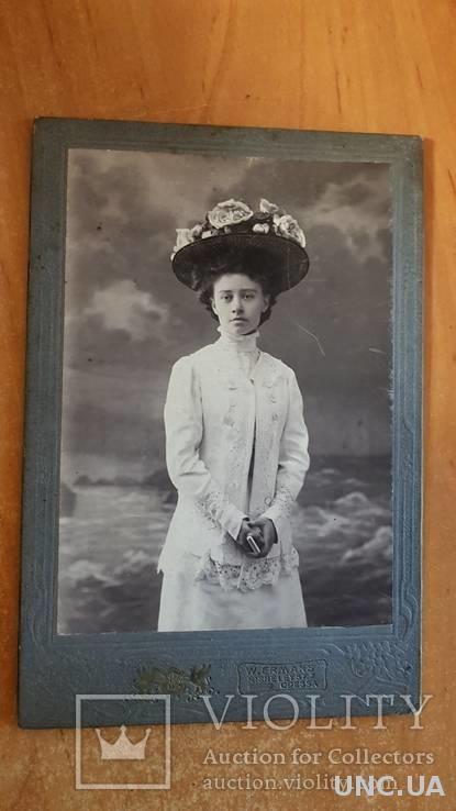 Старинная фото-открытка Одесса. Ришельевская Кабинет фото. Дама в шляпе