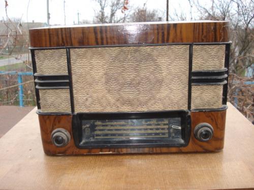 Радиоприемник Днепр-52