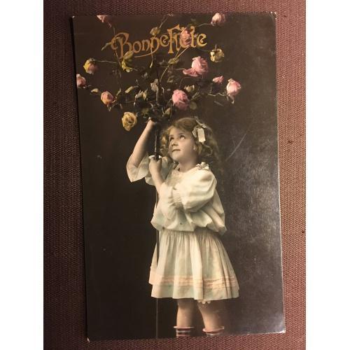 """Французская фотооткрытка """"Хорошего праздника"""". Девочка с розовым деревом."""