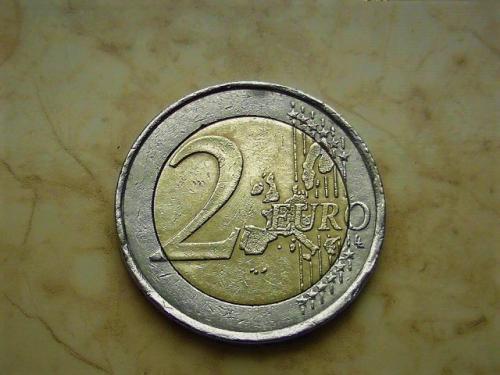 2 евро 2001 год Франция (731)