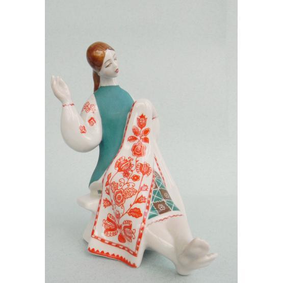 Тендітна фарфорова скульптура Оксани Жникруп