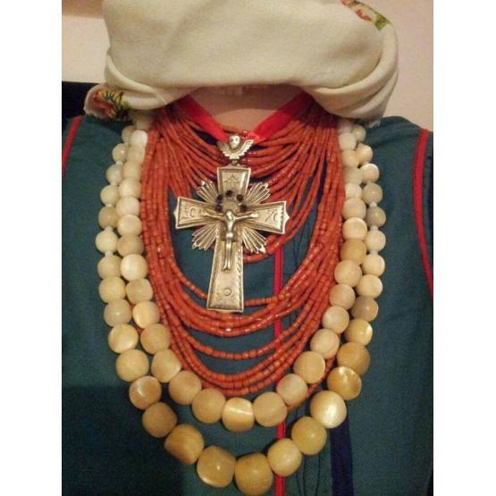 Особливості колекціонування традиційного українського строю
