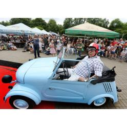 Во Львове прошла выставка ретро-автомобилей