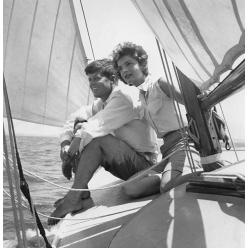В США собрание фотографий Джона Кеннеди стало лотом на аукционе